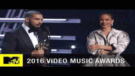 Drake Presents Rihanna with Vanguard Award   2016 Video Music Awards   MTV